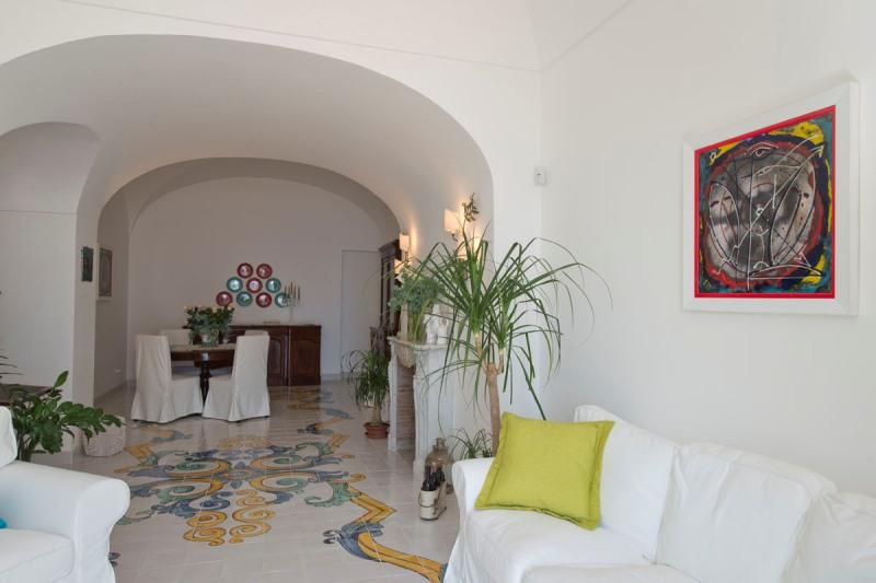 Gallery images Вилла Майолика