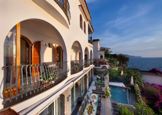 Villa Sorrento View