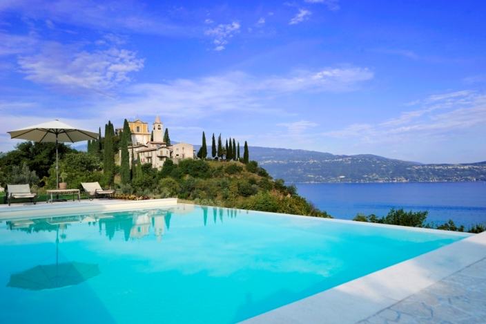 Gallery images Villa Gardone Garda Lake